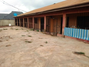 8 Unit Of A Room And Parlour Selfcon At Alubata Area Apete Ibadan 8 bedroom Blocks of Flats for Sale Ido Oyo Vetra  Property