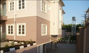 Luxury 8 Bedroom Duplex +3rooms Bq At Guzape Abuja 250m 8 bedroom Detached Duplex for Sale Guzape Abuja Vetra  Property