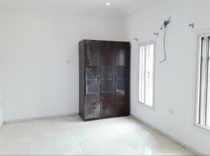 Renovated Selfcon Apartments @ Lekki Phase 1 - Off Omorinre Johnson  Self Contained for Rent Lekki Lagos Vetra  Property