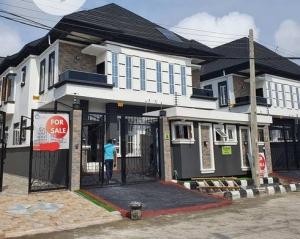 Discription: 5bedroom Semi-detached Duplex With 1bq 4 bedroom Semi-Detached Duplex for Sale Lekki Lagos Vetra  Property