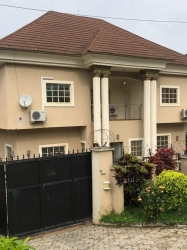 A Clean 4 Bedroom Fully Detached Duplex With 2 Rooms Bq, 4 bedroom Detached Duplex for Sale Gwarinpa Abuja Vetra  Property