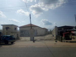 A Large Warehouse With Office Block. Suitable For School, Banking Use, Filling Station, Event Center, Worship Center Commercial Property for Sale Ondo East Ondo Vetra  Property