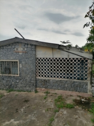 Dilapidated Bungalow On A Corner Piece Of Land Fenced With Gate 8 bedroom Detached Bungalow for Sale Ibadan Oyo Vetra  Property