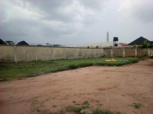 100 By 50 Land Size For Sale At Gra, Benin City At Igbinobaro Street, Off Akpabo, Accessible From Ugbor Road And Limit Road 10.0  of Land for Sale Oredo Edo Vetra  Property