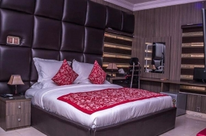 Exclusive 3bedroom With Comfortable Interior And Space For Parties @lekki 3 bedroom Flat for Short let Lekki Lagos Vetra  Property