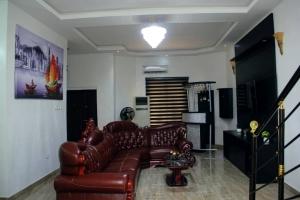 Newly Built 4 Bedrooms Duplex At Lekki Lagos 3 bedroom Semi-Detached Duplex for Short let Lekki Lagos Vetra  Property